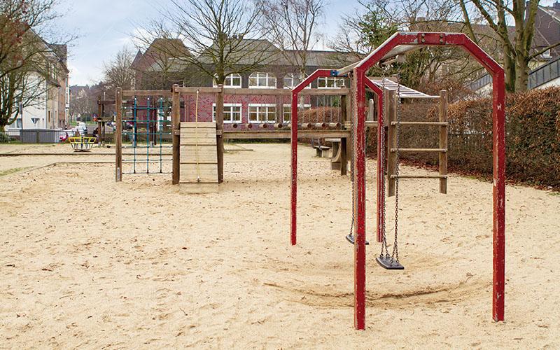 05_Spielplatz in Heyden