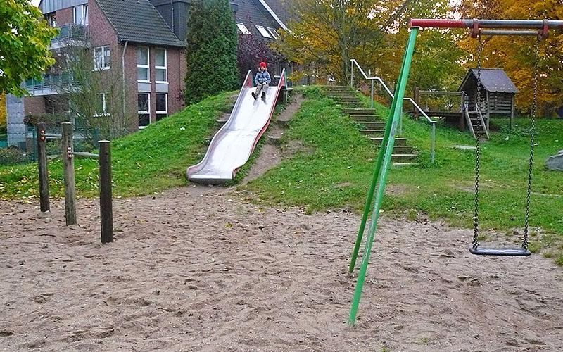 11_Spielplatz Oberheydener Strasse